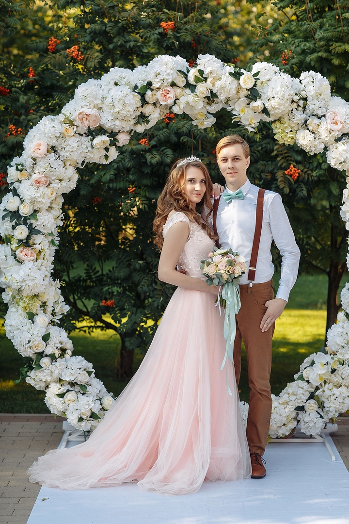 Современная обработка свадебных фотографий разделе